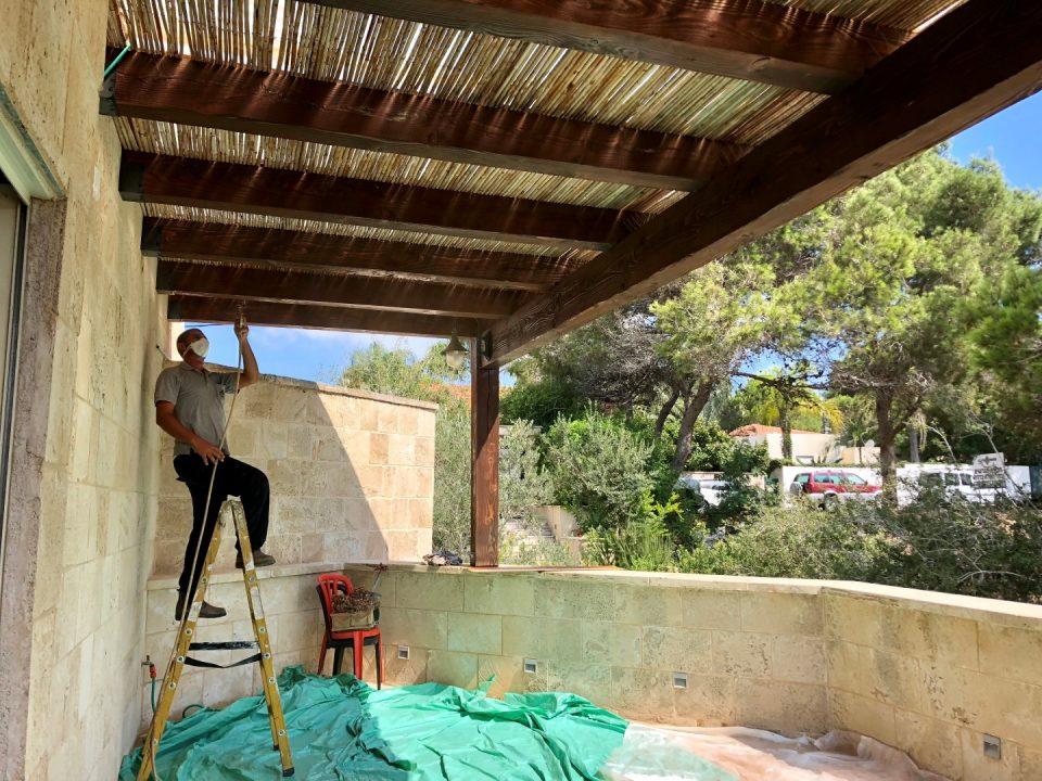פרגולה למרפסת מעץ איכותי במחיר משתלם במיוחד